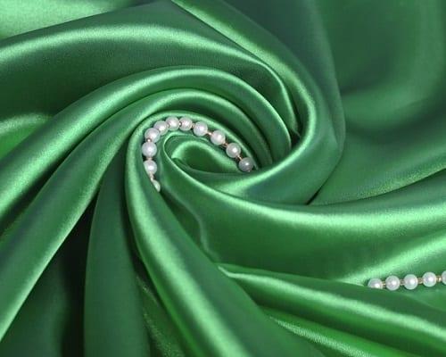 Vải lụa là loại vải mỏng và mềm mịn