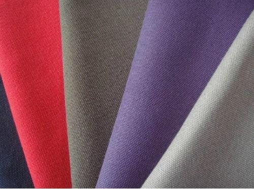 Vải Polyester là chất liệu thông dụng trong đời sống hiện nay