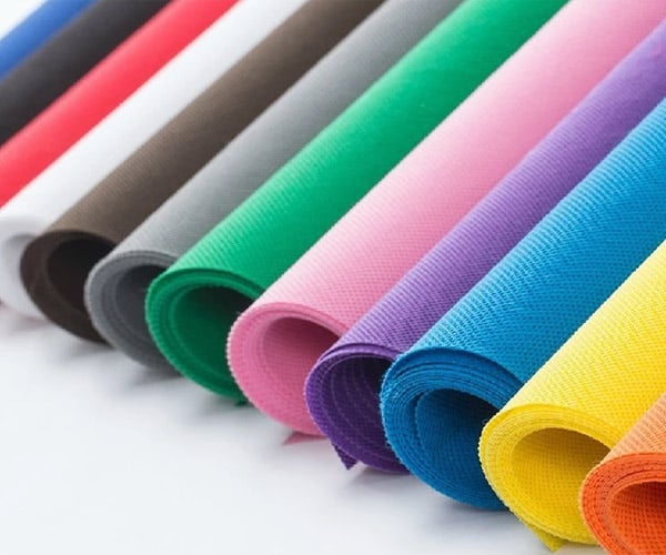 Vải không dệt là gì ? Ưu nhược điểm và ứng dụng vải không dệt